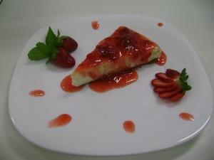 Cheesecake de morango com gengibre